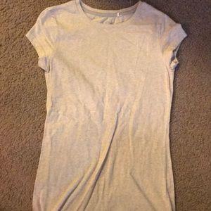 Short sleeved cream colored short sleeve